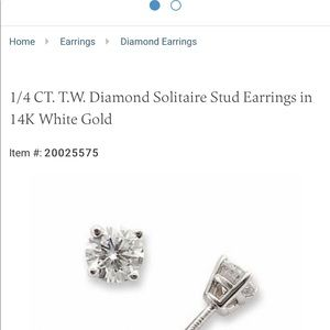 1/4 CT TW diamond solitaire earrings